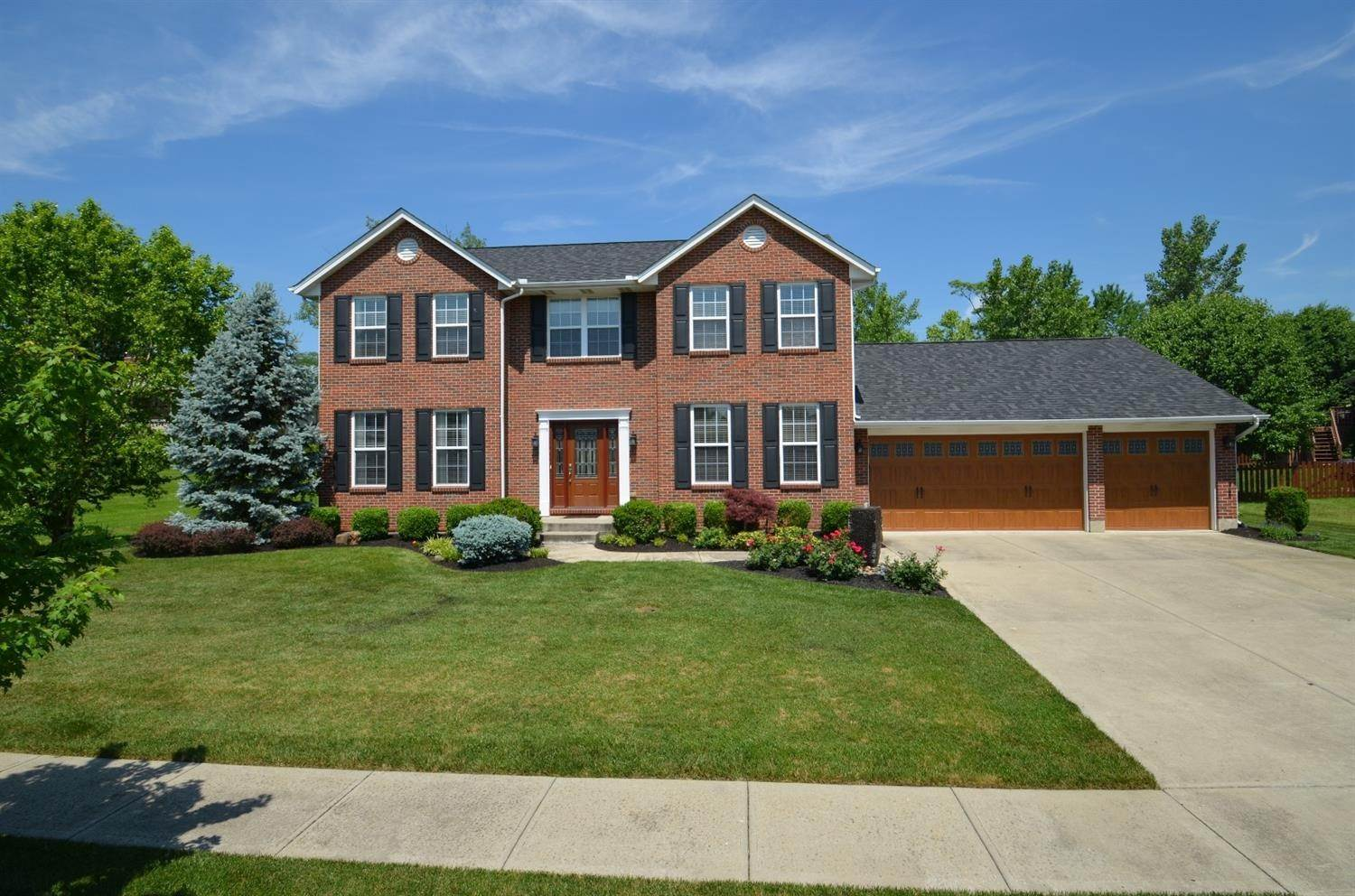 9. Single Family Homes at 6418 Lyonhil Drive West Chester, Ohio 45069 United States