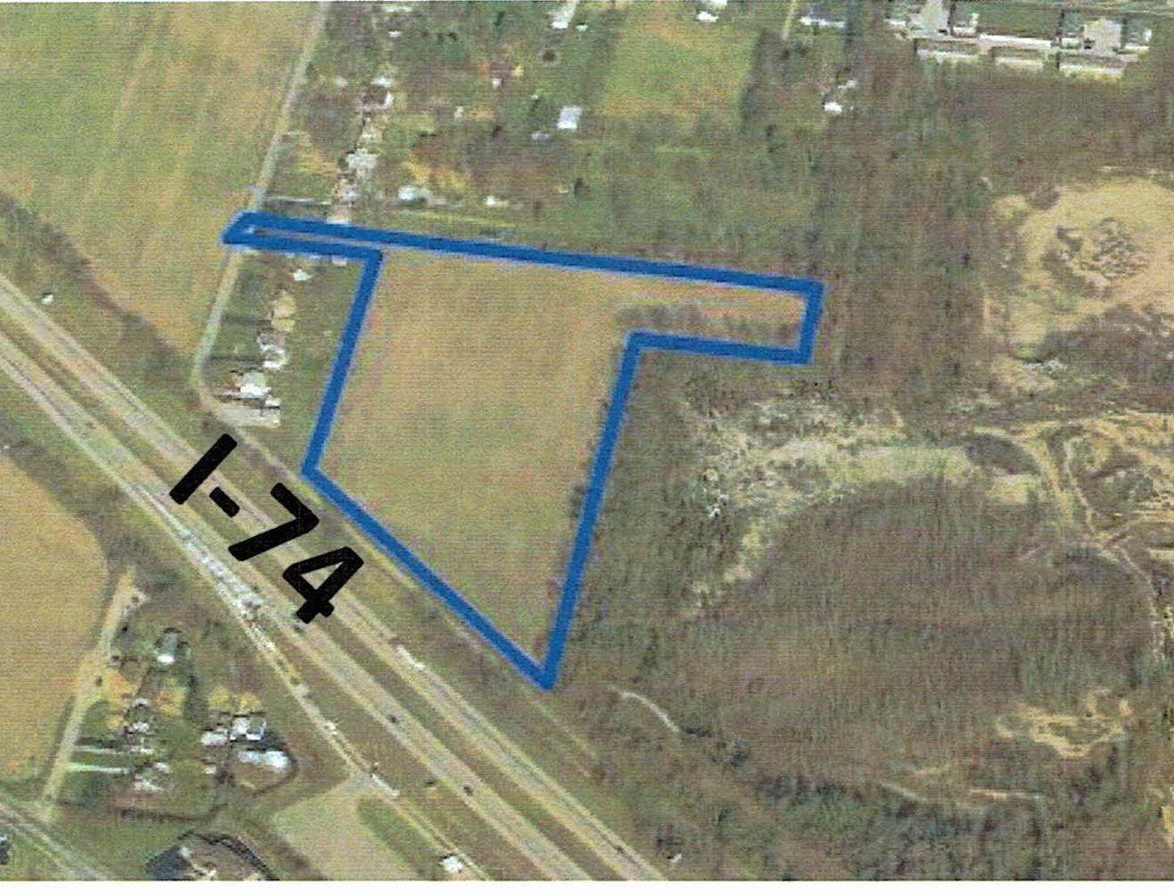 Superficie en Acres por un Venta en 10293 Harrison Avenue Harrison Township, Ohio 45030 Estados Unidos