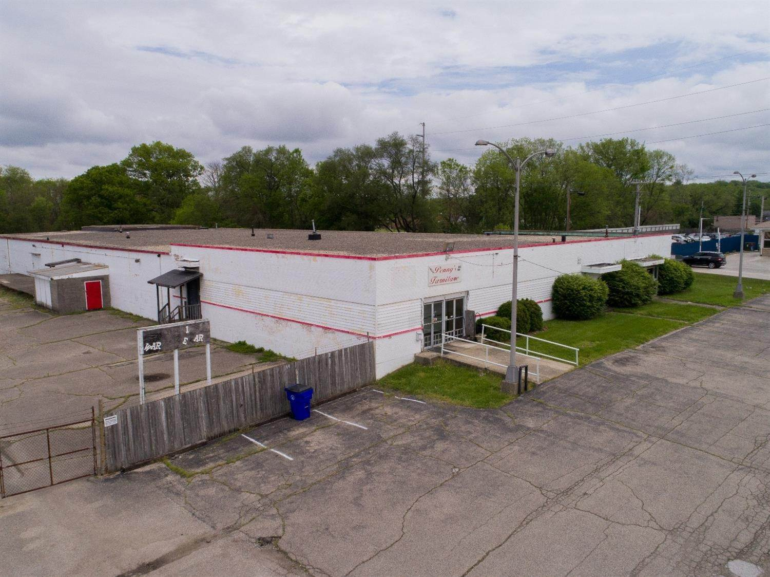 Commercial for Sale at 1930 Fairgrove Avenue Hamilton, Ohio 45011 United States