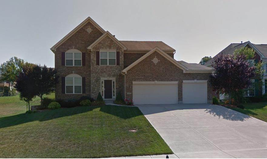 Single Family Homes 为 销售 在 1200 Pond Ridge Circle Ross Township, 俄亥俄州 45013 美国