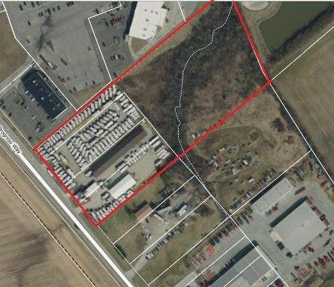 Commercial for Sale at 2909 Progress Way Wilmington, Ohio 45177 United States