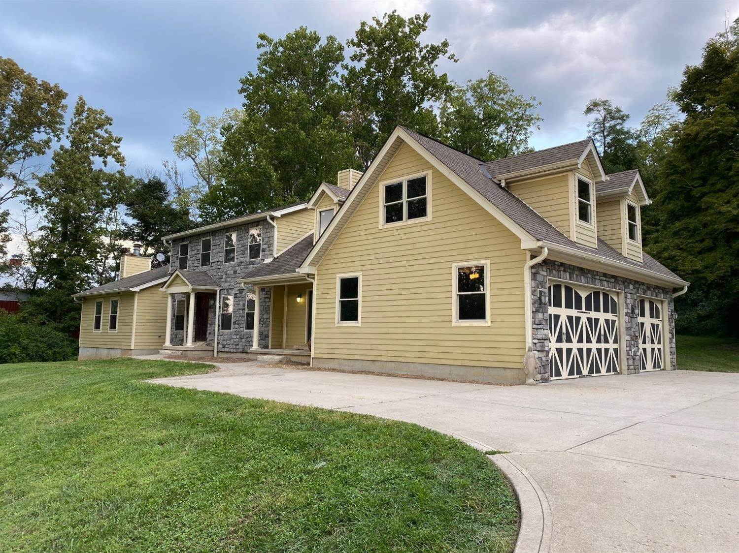 Single Family Homes for Sale at 4304 Mt Carmel Road Union Township, Ohio 45244 United States