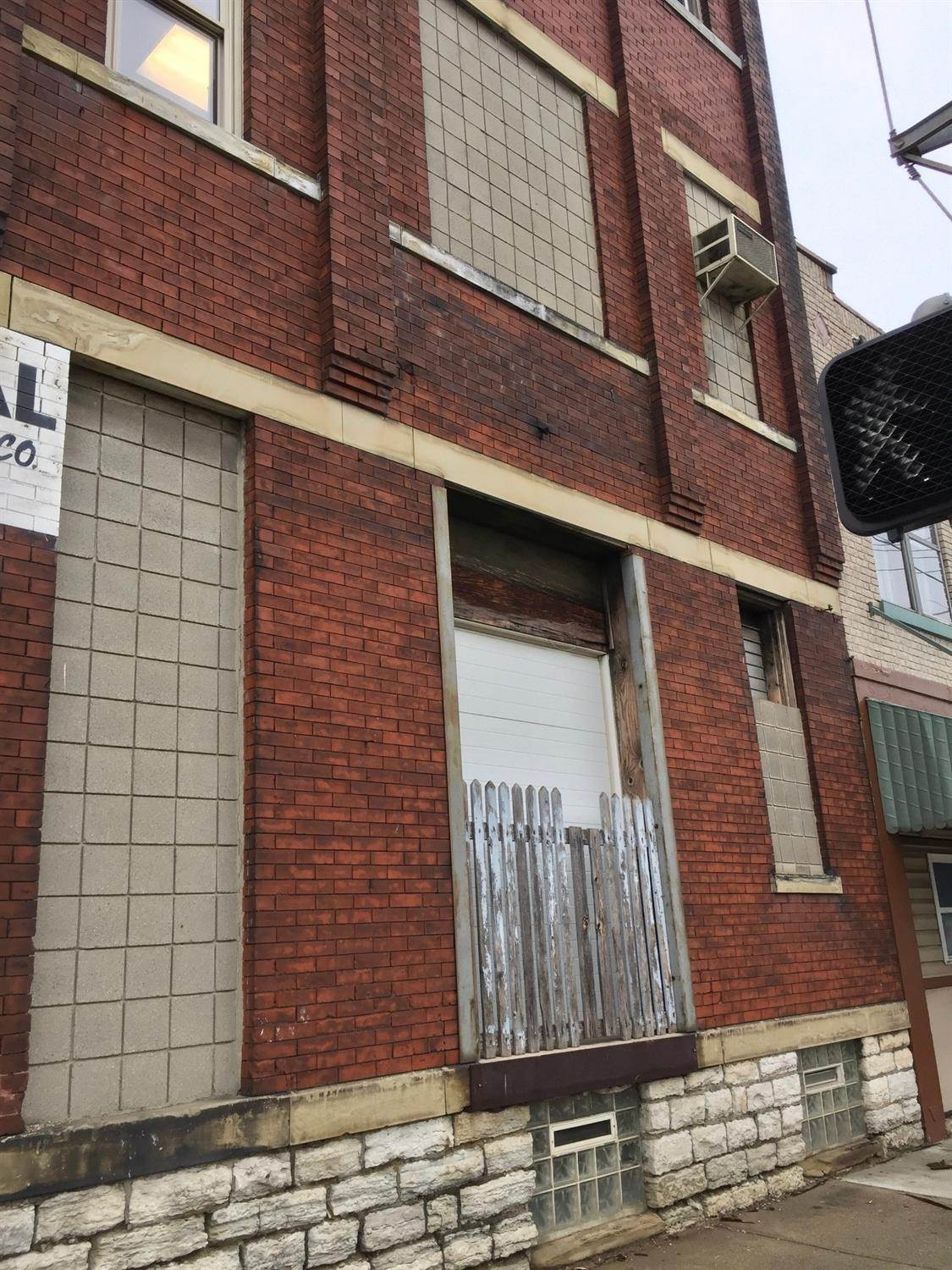 2. Commercial for Sale at 3116 Spring Grove Avenue Cincinnati, Ohio 45225 United States