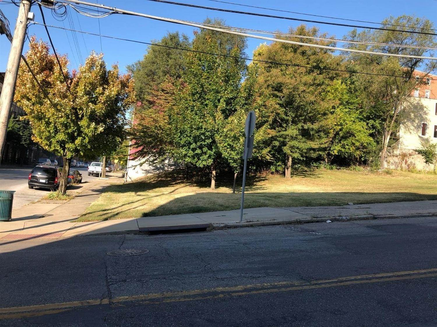 Multi Family for Sale at 414 W Mcmicken Avenue Cincinnati, Ohio 45214 United States