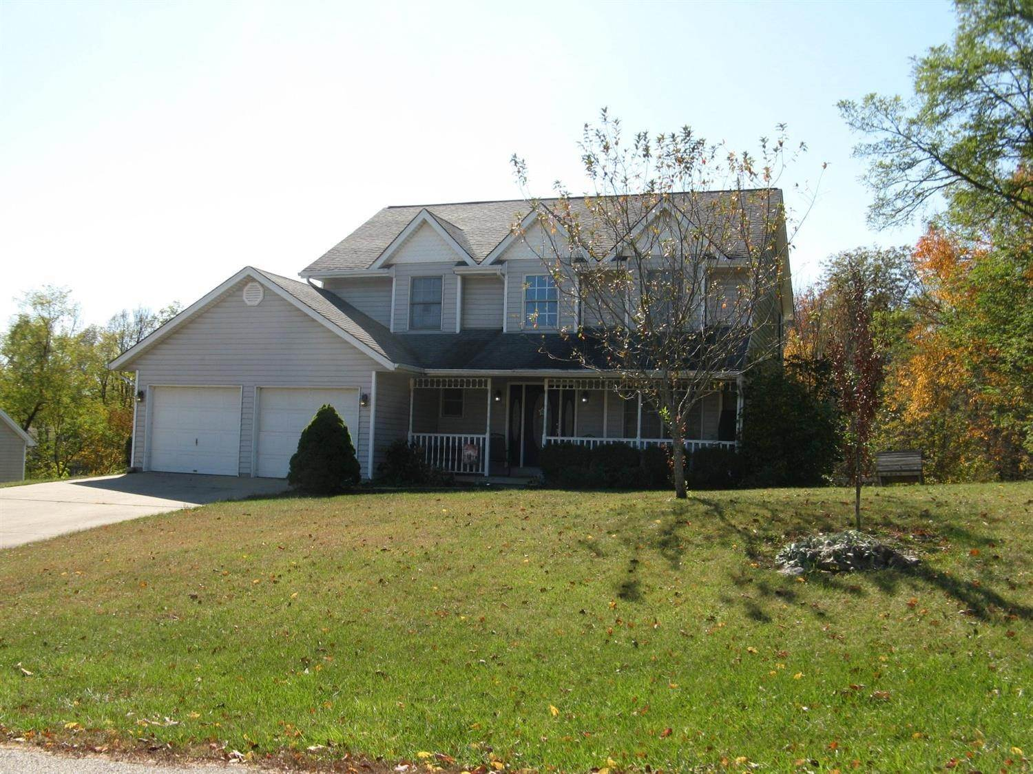 Single Family Homes por un Venta en 2437 Pontiac Drive West Harrison, Indiana 47060 Estados Unidos
