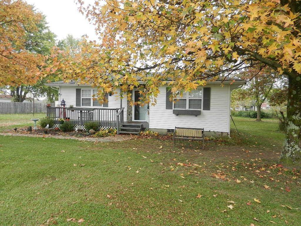 Single Family Homes for Sale at 3564 Upper Five Mile Road Sterling, Ohio 45154 United States