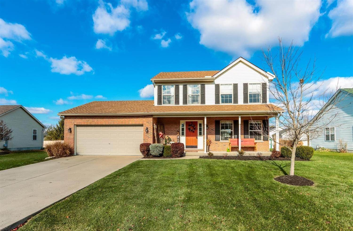 Single Family Homes por un Venta en 2538 Brookestone Way West Harrison, Indiana 47060 Estados Unidos