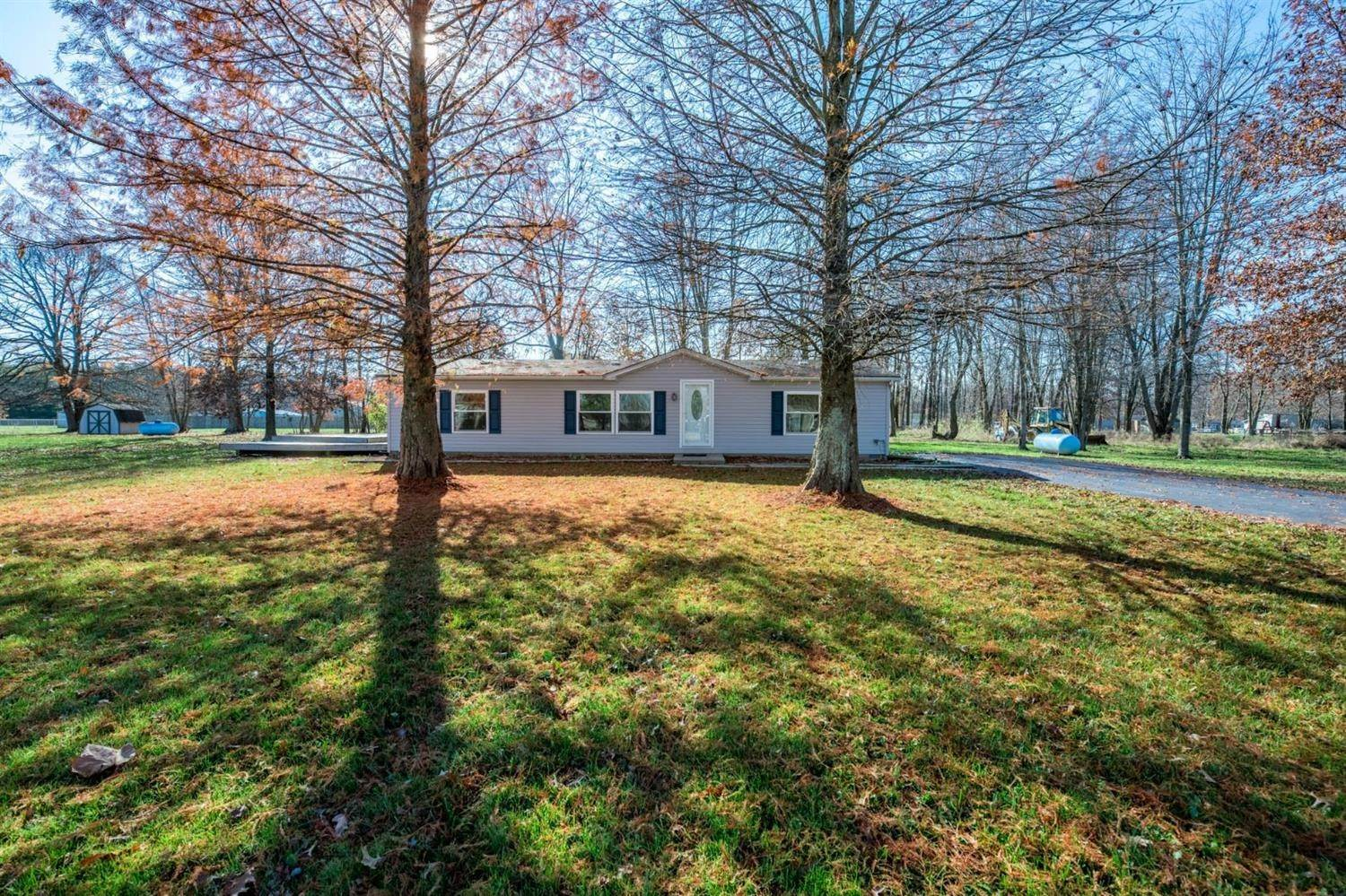 Single Family Homes for Sale at 1994 Clearview Drive Perry Township, Ohio 45118 United States