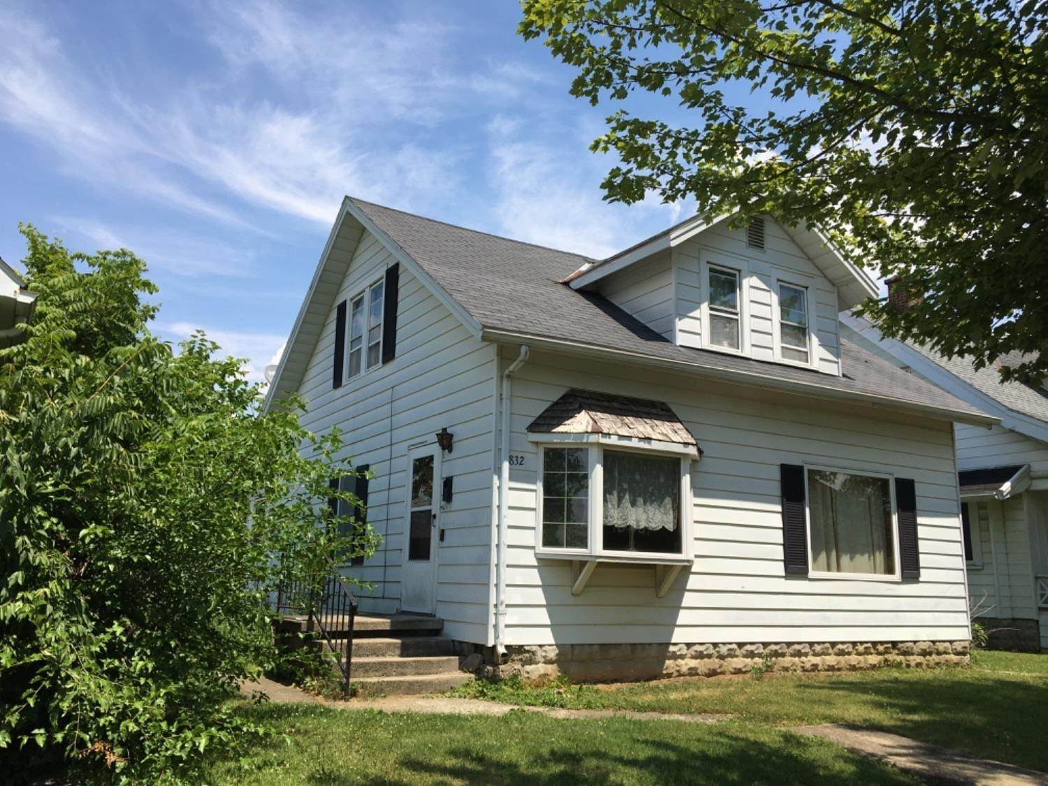 Single Family Homes for Sale at 832 S Main Street Washington Court House, Ohio 43160 United States