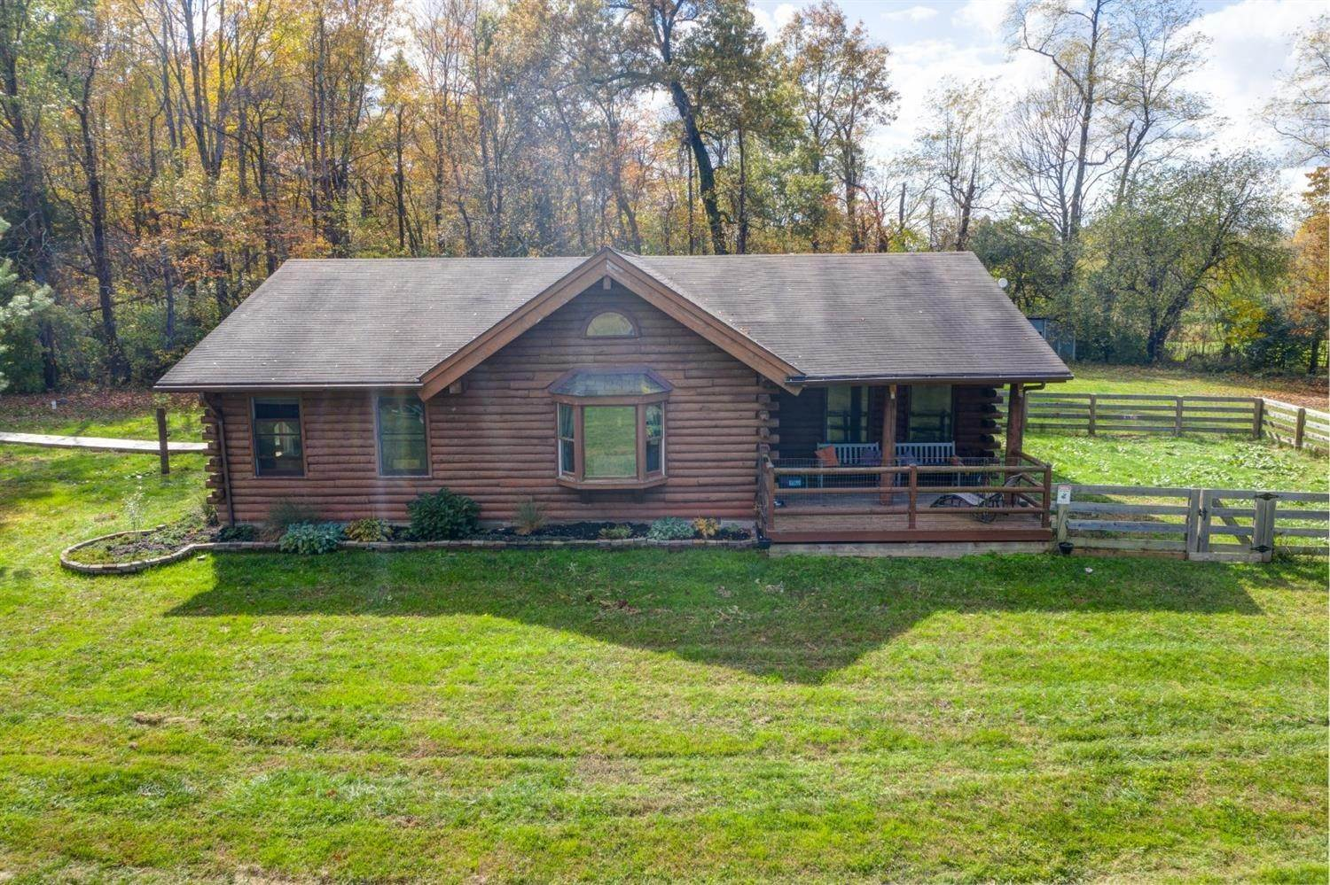 Farmhouse for Sale at 4282 Anderson State Road Perry Township, Ohio 45118 United States