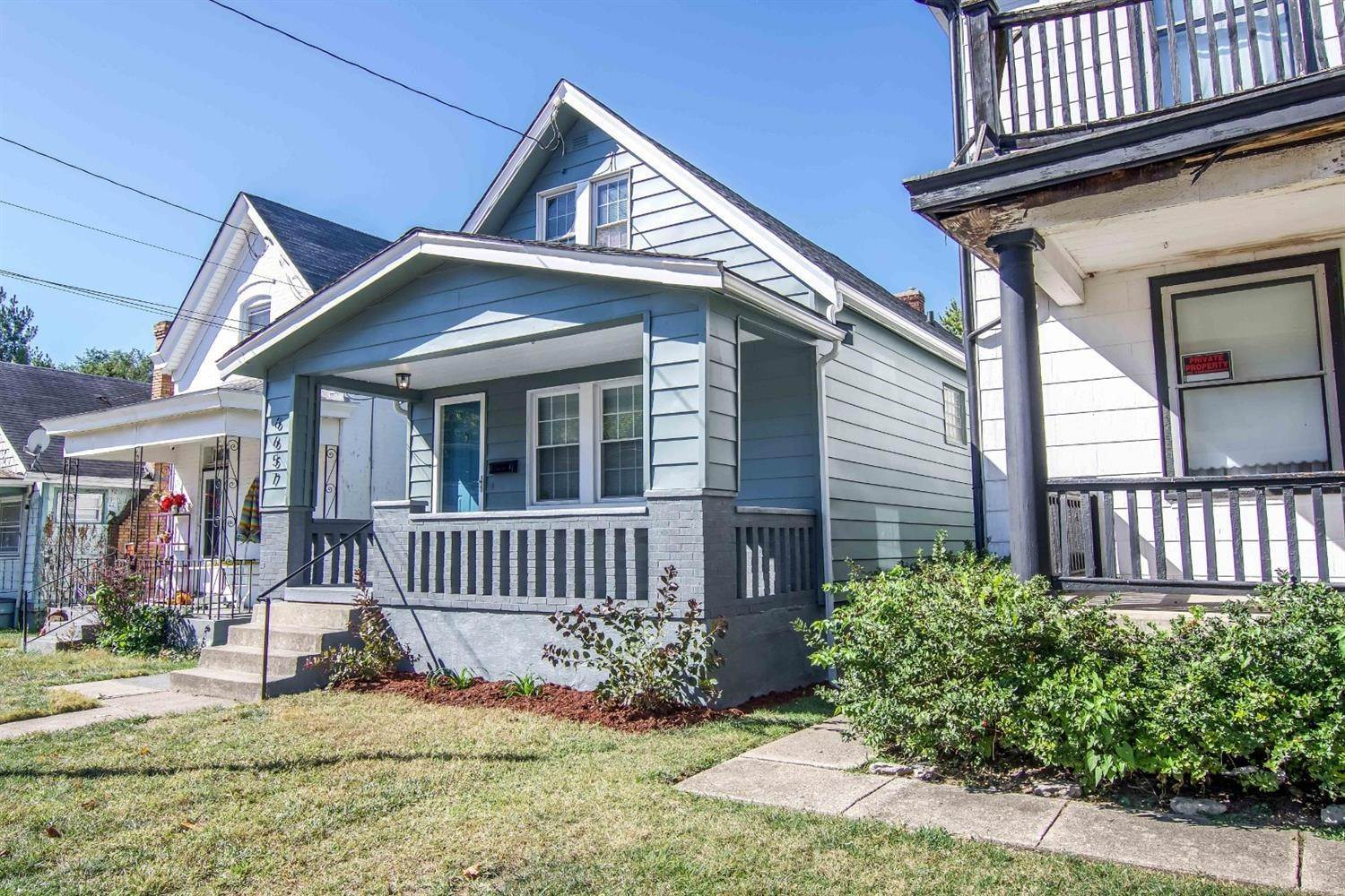 2. Single Family Homes for Sale at 6657 Vine Street Cincinnati, Ohio 45216 United States