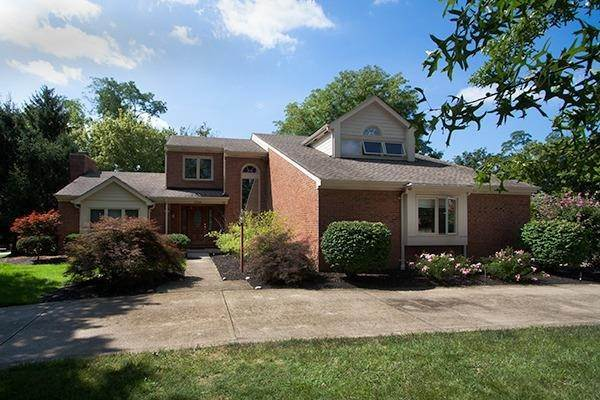 Single Family Homes 在 9748 Tiffany Hill Court Blue Ash, 俄亥俄州 45241 美国