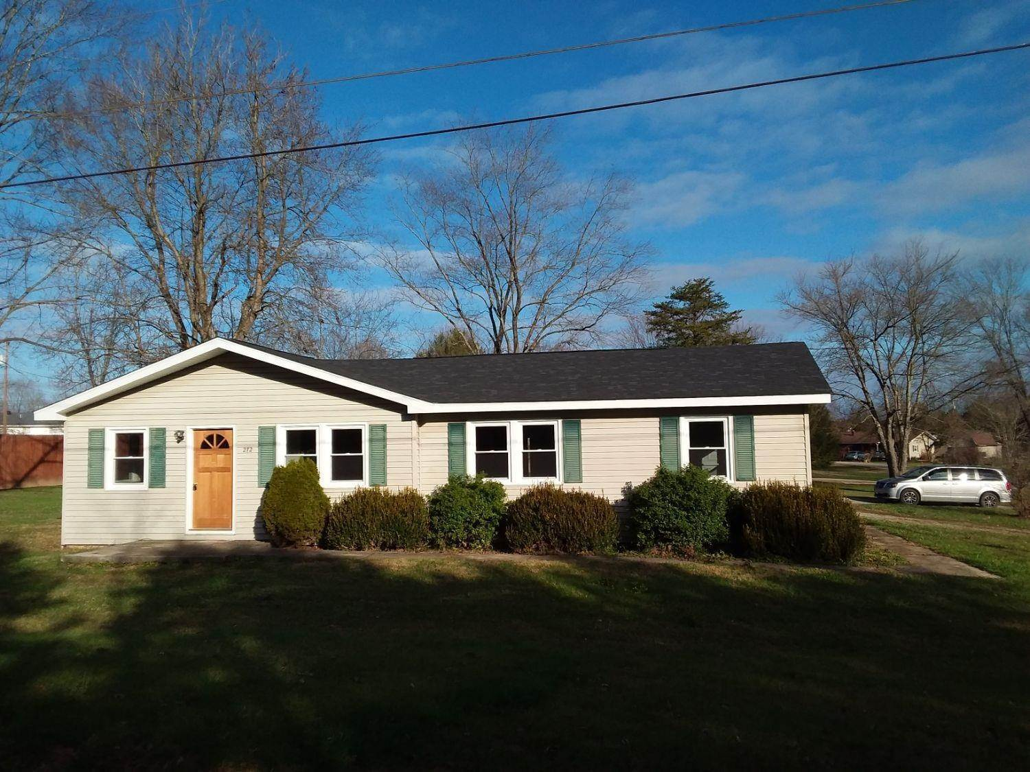 Single Family Homes por un Venta en 272 Page School Road West Union, Ohio 45693 Estados Unidos