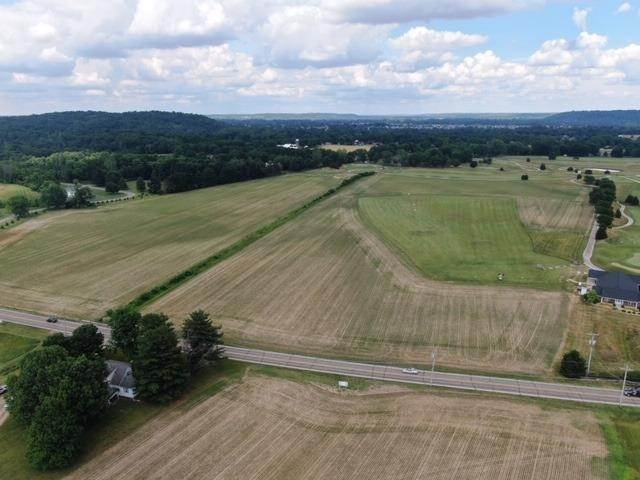 Superficie en Acres por un Venta en 4 Carolina Trace Road Harrison Township, Ohio 45030 Estados Unidos