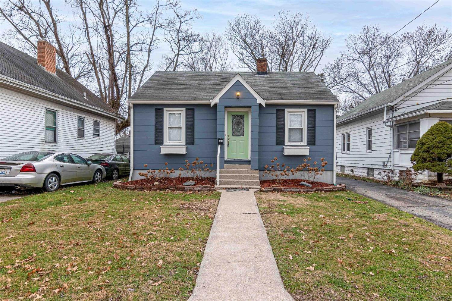 Single Family Homes por un Venta en 3811 Simpson Avenue Fairfax, Ohio 45227 Estados Unidos