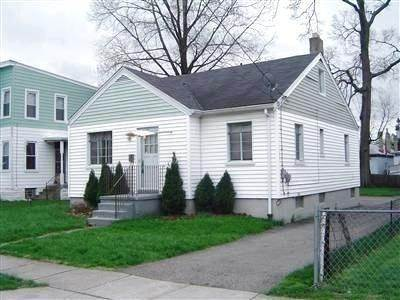 Single Family Homes por un Venta en 35 Poplar Street Elmwood Place, Ohio 45216 Estados Unidos