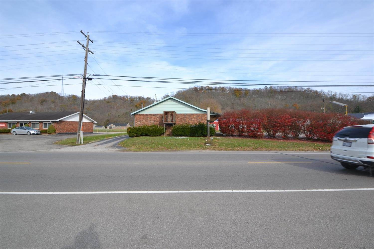 Comercial por un Venta en 1016 Second & Stephenson Road Ripley, Ohio 45167 Estados Unidos