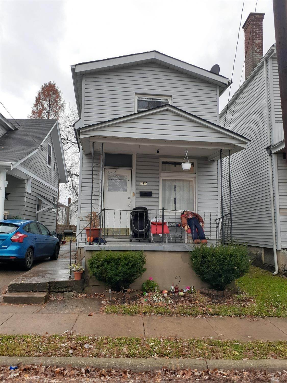 Single Family Homes por un Venta en 527 Walnut Street Elmwood Place, Ohio 45216 Estados Unidos