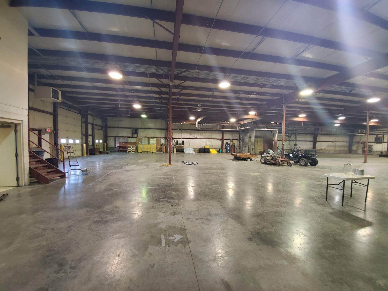 Commercial for Sale at 10470 Industrial Circle Dillsboro, Indiana 47018 United States