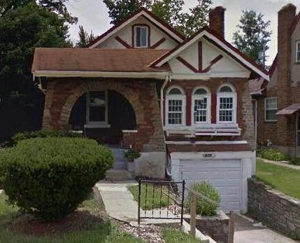5. Single Family Homes for Sale at 1564 Elizabeth Place Cincinnati, Ohio 45237 United States