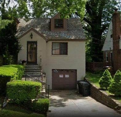 11. Single Family Homes for Sale at 1564 Elizabeth Place Cincinnati, Ohio 45237 United States