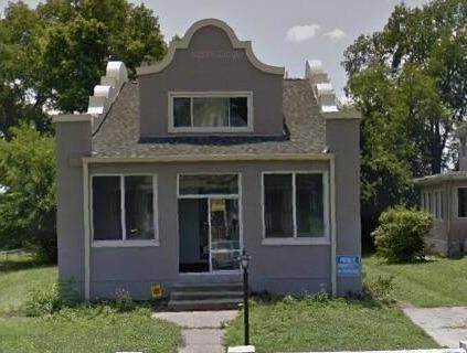 13. Single Family Homes for Sale at 1564 Elizabeth Place Cincinnati, Ohio 45237 United States