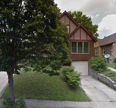16. Single Family Homes for Sale at 1564 Elizabeth Place Cincinnati, Ohio 45237 United States