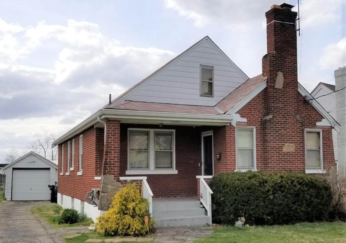 6. Single Family Homes for Sale at 2405 Nova Avenue Cincinnati, Ohio 45238 United States
