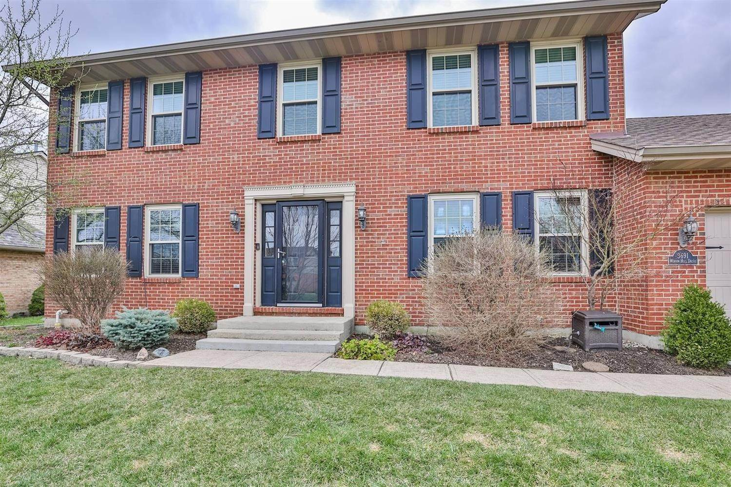 Single Family Homes 为 销售 在 3691 Winter Hill Drive Fairfield Township, 俄亥俄州 45011 美国
