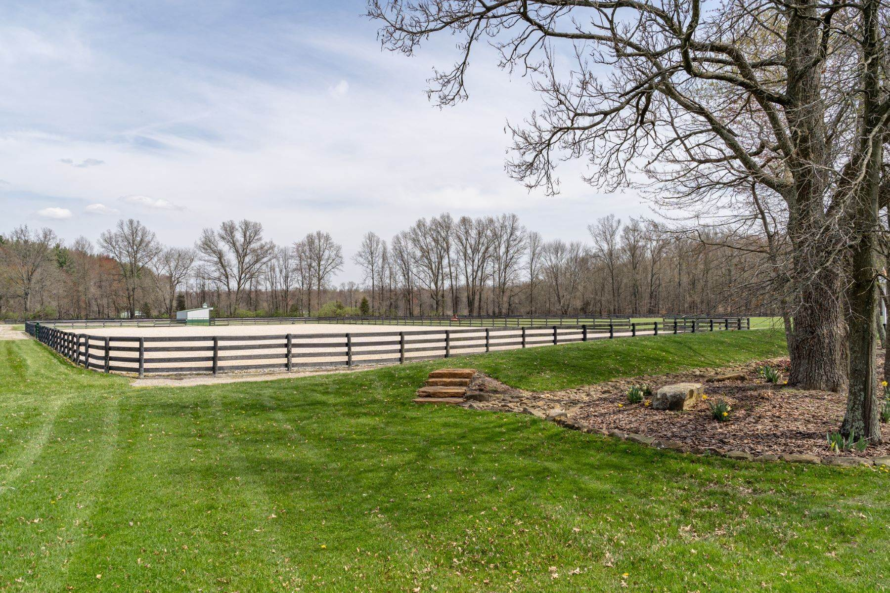 40. Farm and Ranch Properties for Sale at 6300 Newtonsville Road, Pleasant Plain, OH 45162 6300 Newtonsville Road Pleasant Plain, Ohio 45162 United States