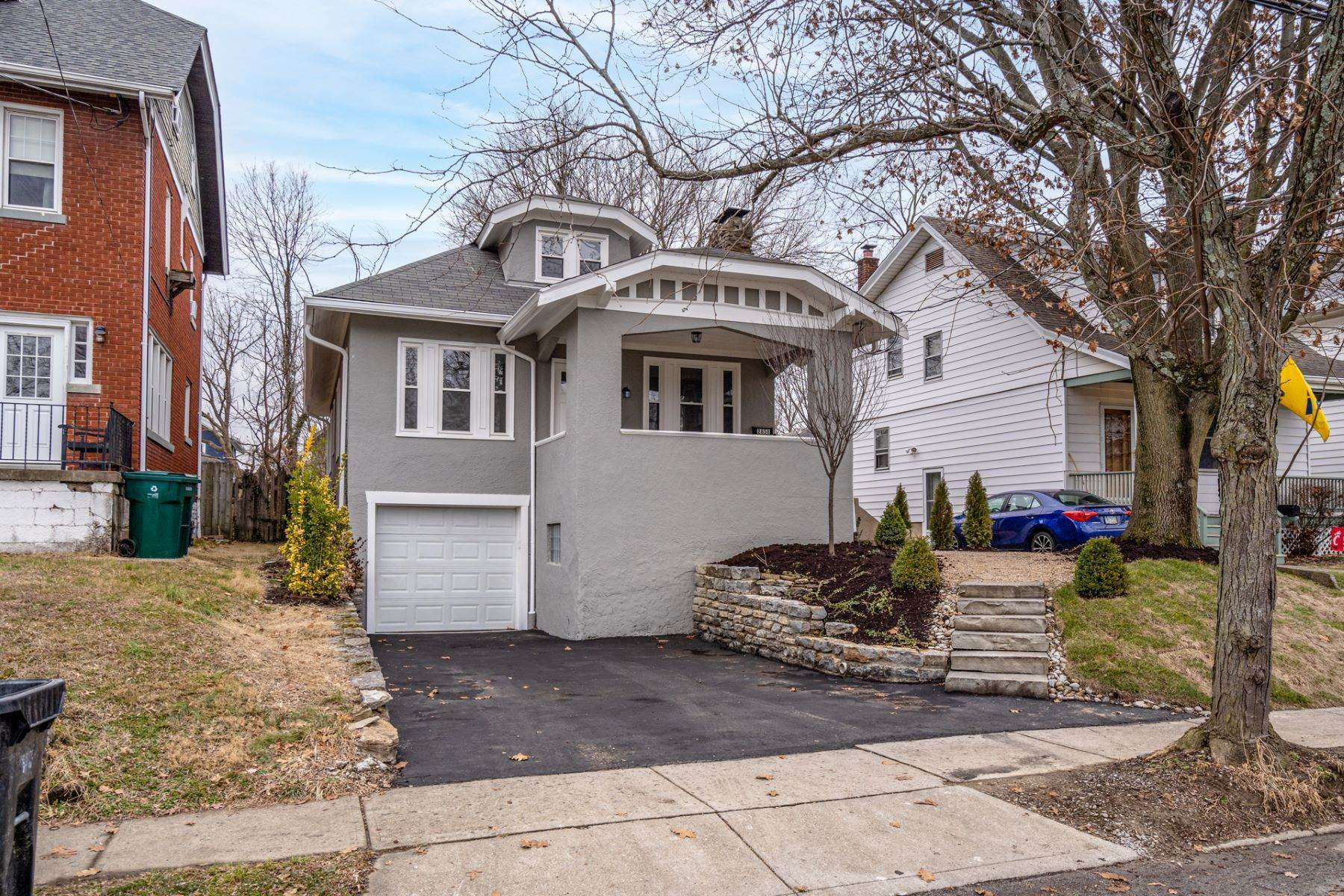 Single Family Homes for Sale at 2858 Markbreit Avenue, Cincinnati, OH 45209 2858 Markbreit Avenue Cincinnati, Ohio 45209 United States