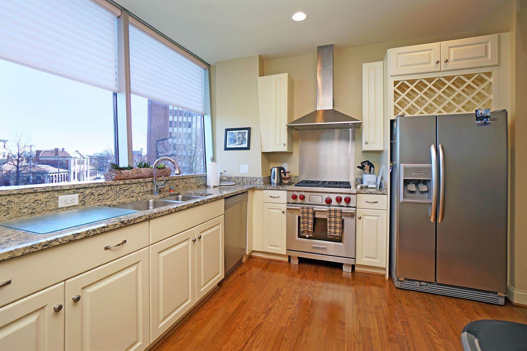 10. Condominiums for Sale at 1 Roebling, Covington, Ky, 41011 1 Roebling, Unit# 306 Covington, Kentucky 41011 United States