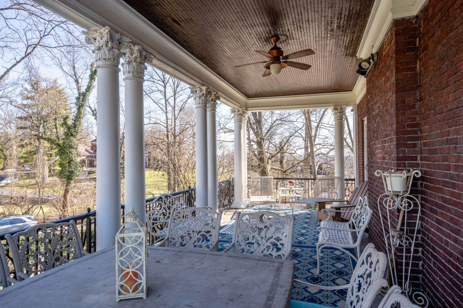 43. Single Family Homes for Sale at 1865 Madison Road, Cincinnati, OH 45206 1865 Madison Road Cincinnati, Ohio 45206 United States